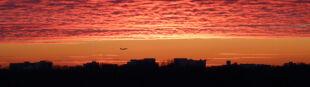 Zachód słońca nad Warszawą. Przepiękne zdjęcia od internauty