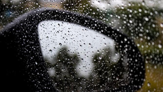 Miejscami deszczowa aura utrudni podróżowanie