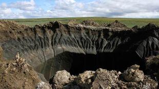 Metan, pingo czy globalne ocieplenie? Co wytworzyło kratery na Syberii?